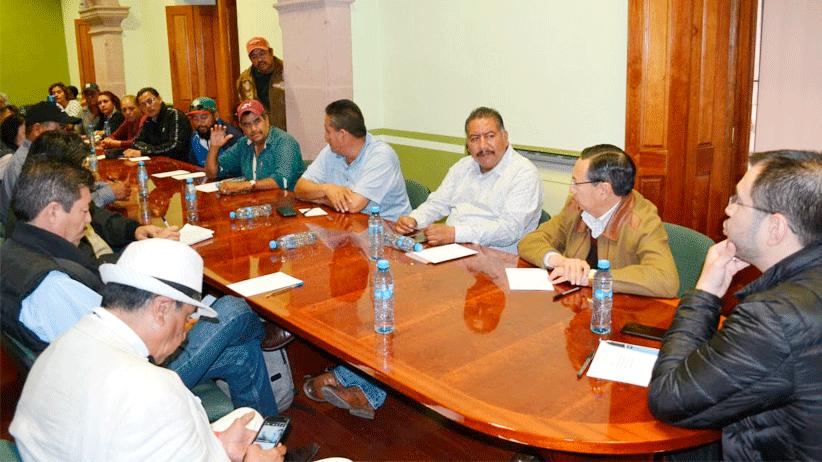 Diálogo, única alternativa para alcanzar acuerdos: Jehú Salas a ejidatarios de Cedros