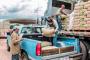 Más de 2 mil 400 habitantes de Cuauhtémoc reciben material para construcción