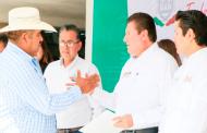 Cumple el Gobernador Tello a Guadalupenses