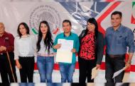 Familias de Noria de Ángeles, Villa García y Loreto reciben calentadores solares