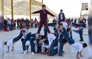 Con desfile y bailables conmemoran aniversario de la Revolución Mexicana en Melchor Ocampo
