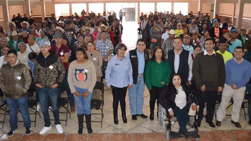 Superan el rezago educativo 140 adultos de Francisco R. Murgia