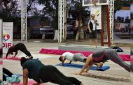 Imparten Master Class de Yoga en Villanueva