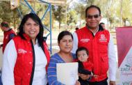 Entrega Gobierno material de construcción a habitantes de Río Grande