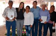 Reciben su certificado de Primaria y Secundaria 60 adultos del Teul de González Ortega