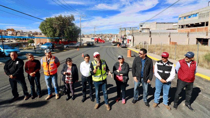 Por calles en condiciones dignas, continúan las obras de pavimentación en La Joya de la Corona: Ulises Mejía Haro