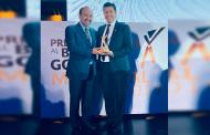 Recibe Julio César Chávez  Premio Nacional al buen Gobierno Municipal