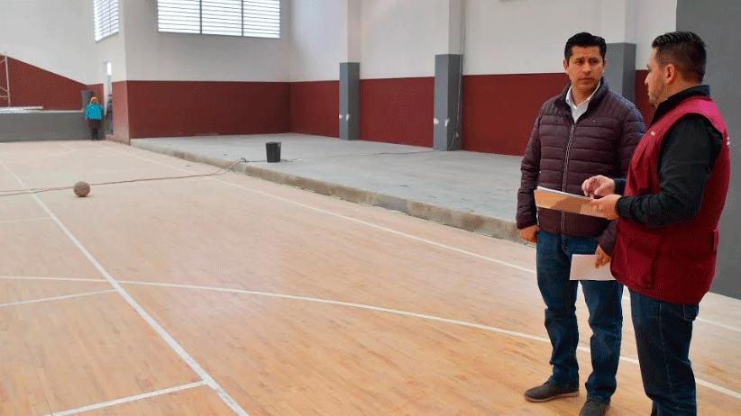 Supervisa Julio César Chávez  rehabilitación del Auditorio Luis Moya