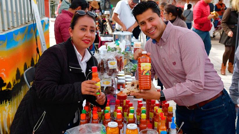 Impulsan economía local en Zóquite con corredor gastronómico y artesanal