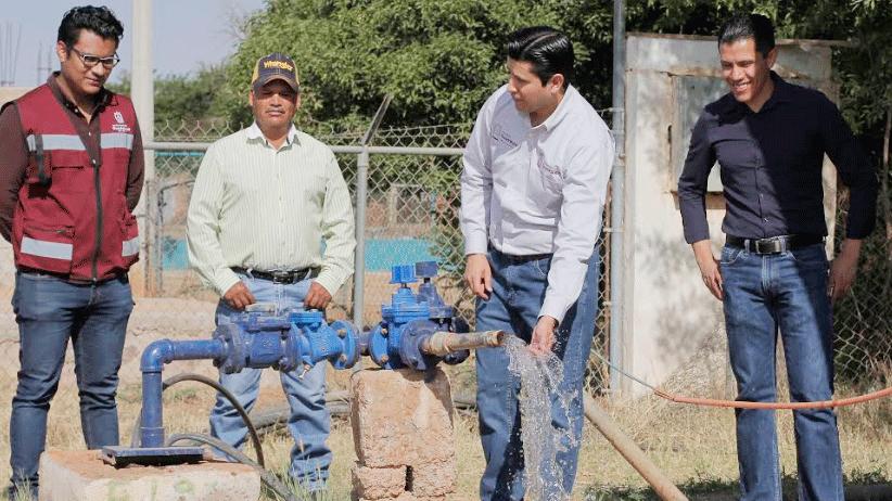 Hoy, el agua urge: Julio César Chávez al entregar equipamiento de pozo en La Cocinera