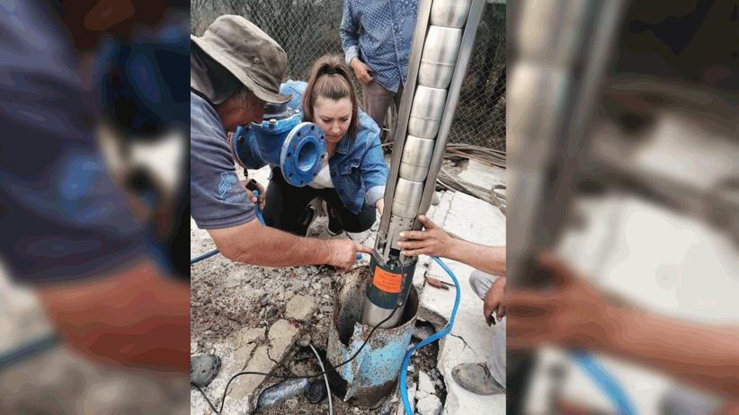 Se restablece el servicio de agua potable en Apozol.