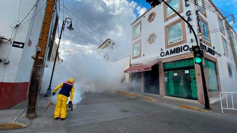 Para prevenir contagios de Covid-19 Sanitizan arterias principales en Guadalupe.