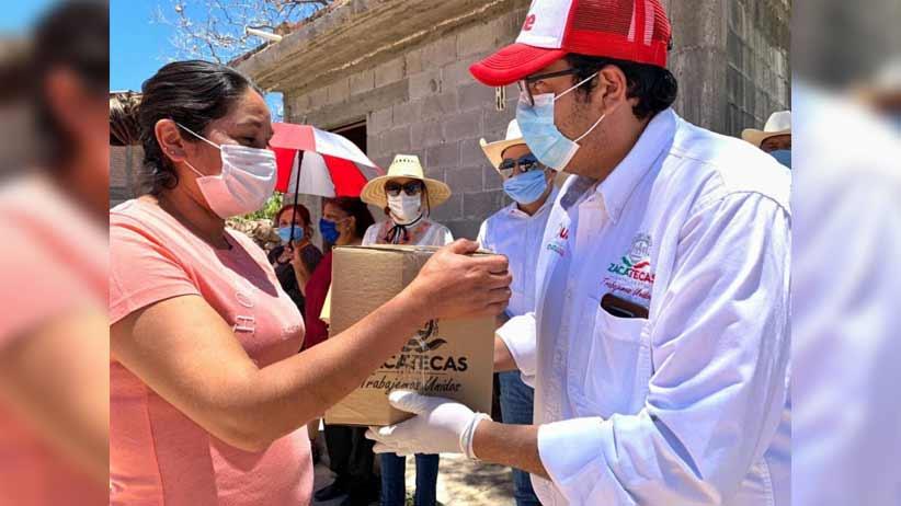Se entregan más de 4 mil 500 apoyos alimentarios en comunidades de la entidad.