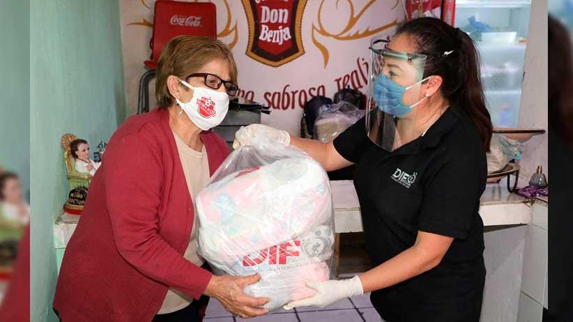 Distribuye SEDIF apoyos alimentarios en colonias de alta marginación.