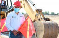 Herminio Briones da banderazo de arranque a obras en comunidades de Pinos.