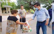 Intensifica Rafael Jimenez, entrega de apoyos alimenticios.