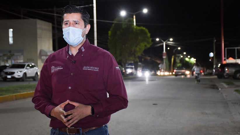 Seguimos iluminando la ciudad de Guadalupe:  Julio César Chávez