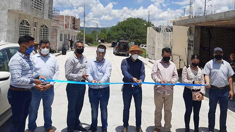 Con el 2x1, entregan pavimentación de calles y cámaras de seguridad en Tlaltenango.