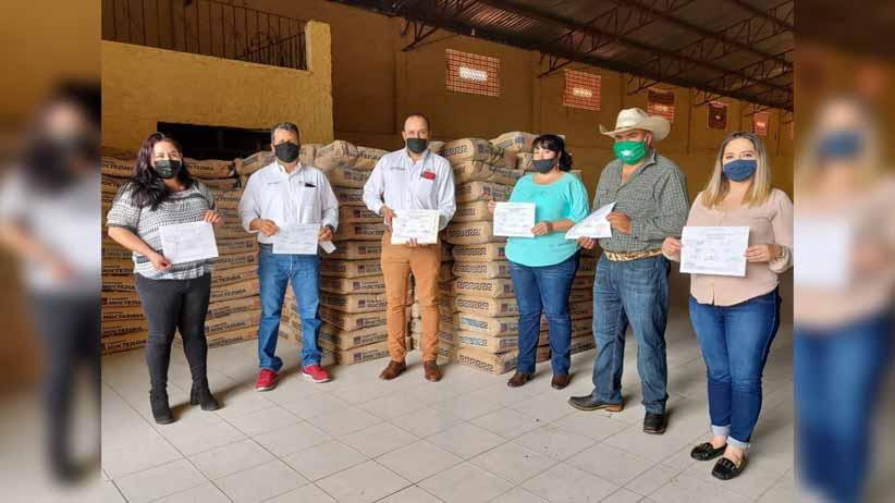 Distribuyen material para construcción en Atolinga y Genaro Codina