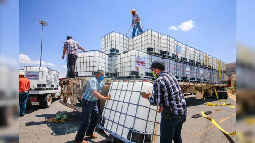 Otorga Gobierno Estatal tanques para el abrevadero de 88 mil cabezas de ganado