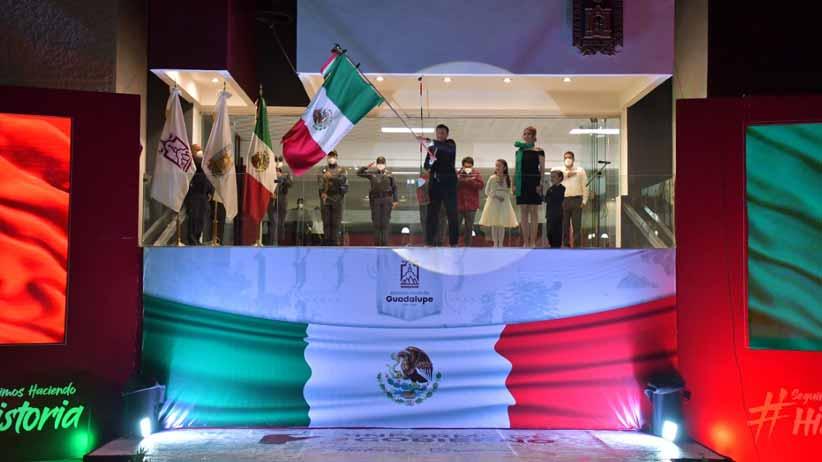 El Gobernador Alejandro Tello dedica Grito de Independencia a víctimas del Covid-19