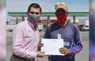 Reciben habitantes de la capital zacatecana certificados del IZEA