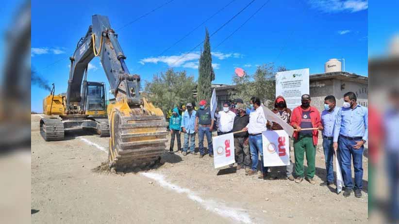Gobierno de Tello lleva obras de electrificación y alcantarillado a familias de Pánuco