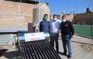 Inicia gobierno estatal con la entrega de 382 calentadores solares a familias de Luis Moya