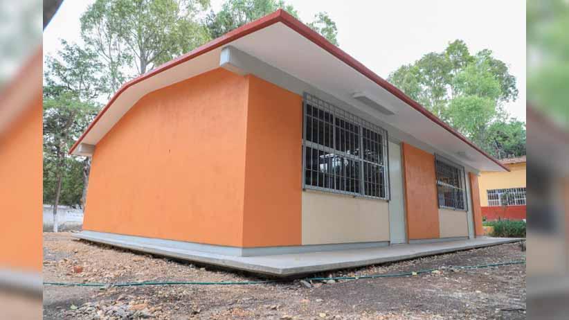 Con obras de alcantarillado y educativas, Tello beneficia a 500 familias y 450 alumnos de Noria de Ángeles