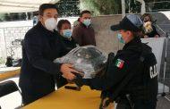 Entrega Miguel Torres moto patrullas y uniformes al cuerpo de Seguridad Pública.
