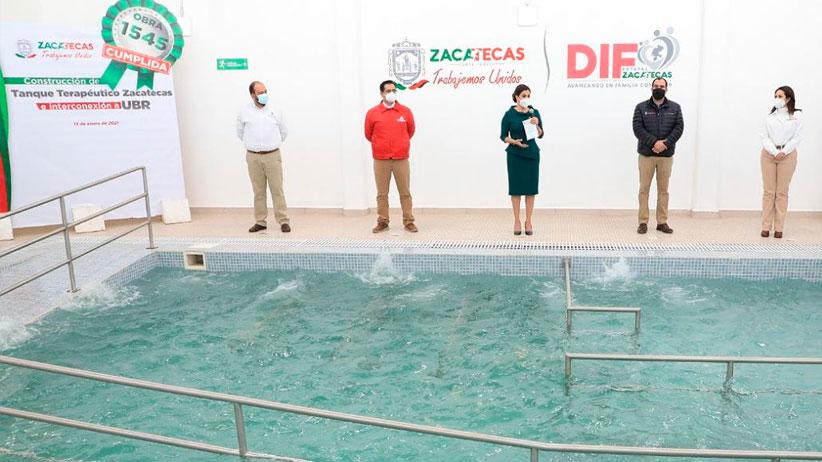 Entrega SEDIF tanque terapéutico en la capital de Zacatecas