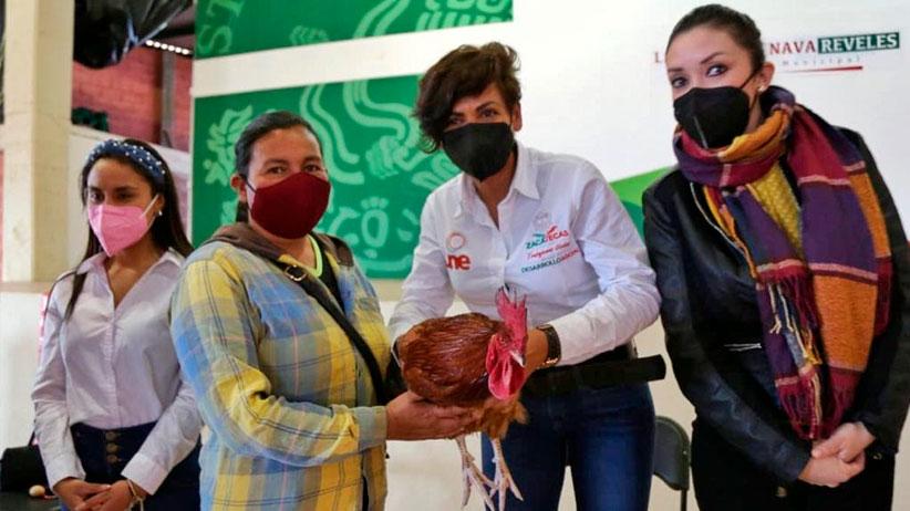 Entrega gobierno estatal apoyos sociales a 313 familias de Jiménez Teul y Chalchihuites