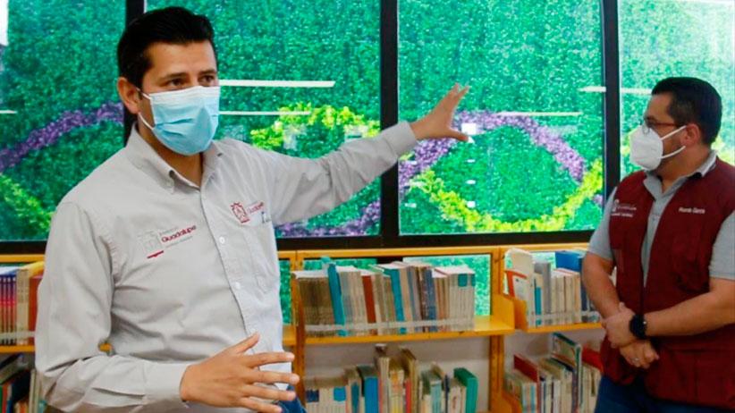 Supervisa Julio César Chávez remodelación de la Biblioteca Roberto Cabral del Hoyo