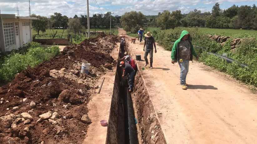 Gobierno Estatal red de agua potable y alcantarillado en Atolinga