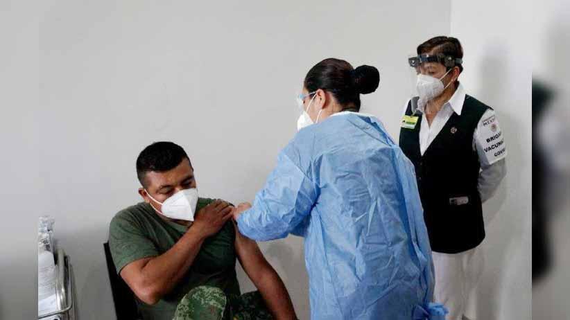 Inicia vacunación contra covid-19 en Hospital Militar de Zacatecas
