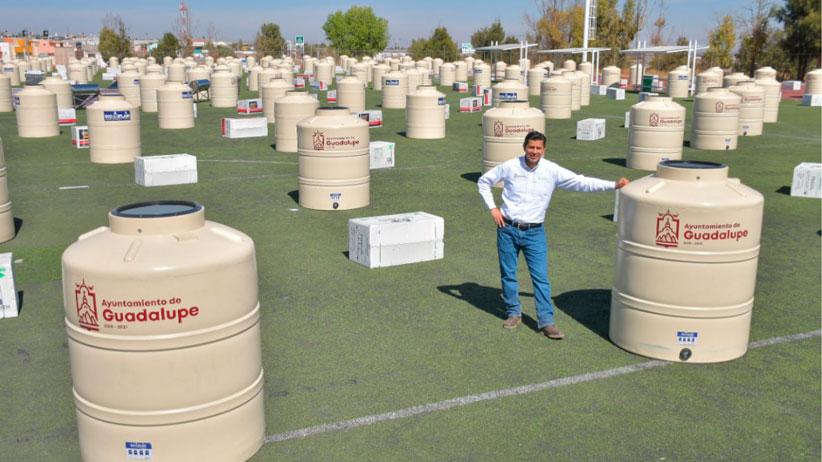Inicia segunda entrega masiva de tinacos y calentadores solares a los guadalupenses que más lo necesitan
