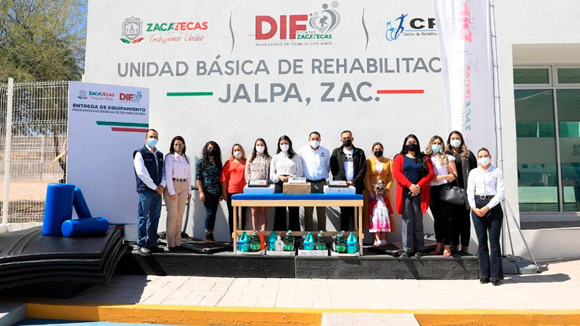 Reciben equipo para terapias, unidades de rehabilitación de Jalpa, Tabasco, Huanusco y Apozol