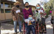 Pensión para el Bienestar beneficia a los integrantes de la familia Ortiz en Bañón, Villa de Cos