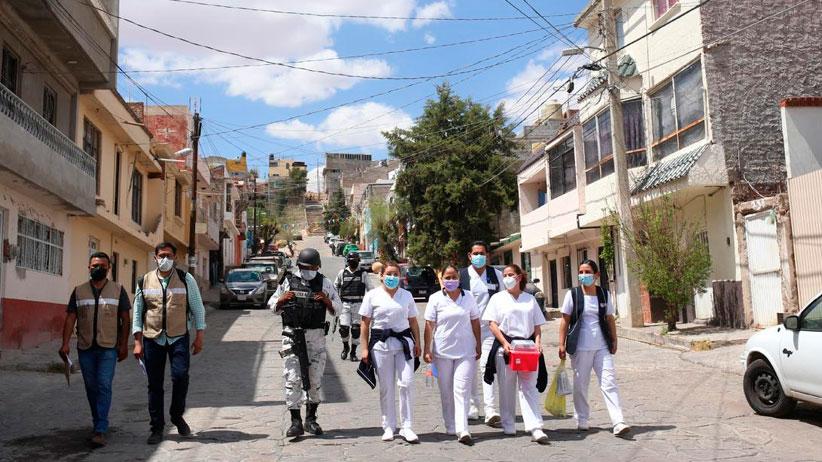 Brigada Correcaminos recorre calles de Zacatecas para aplicar vacuna contra Covid-19 a adultos mayores