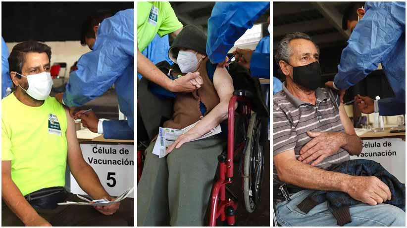 Vacuna contra el Covid-19 reencuentra a doña Adelina, de 97 años, con sus hijos Humberto y Héctor, de 68 y 66 años