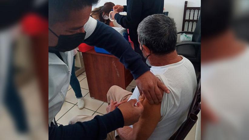 Concluye aplicación de primera dosis de vacuna contra el COVID-19 a PPL mayores de 60 años