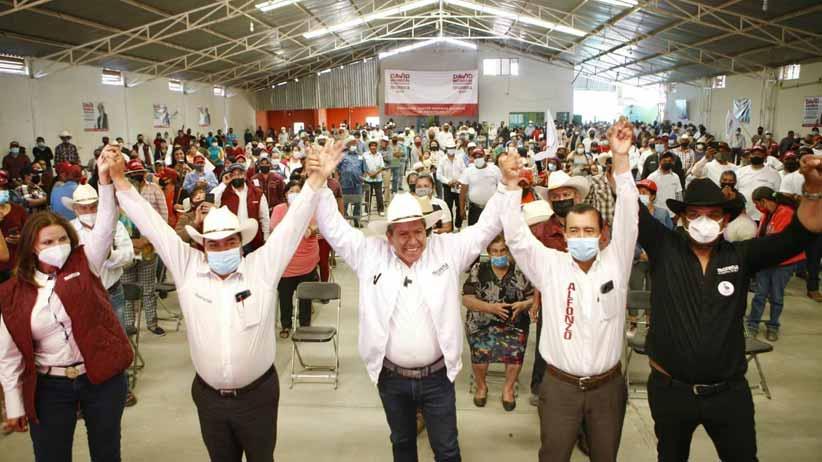 Tenemos el deber de gobernar con decencia y honestidad: Julio César Chávez