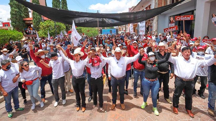Llama David Monreal al magisterio para impulsar una nueva política educativa para la transformación de Zacatecas