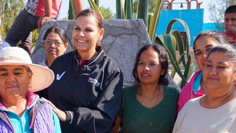 Realiza Julia Olguín intensa gira de trabajo por el sureste Zacatecano