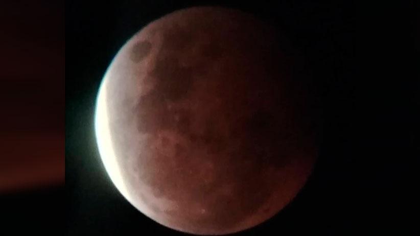 Reinicia Zigzag la sección Astronomía en Vivo, con charla previa al eclipse lunar total