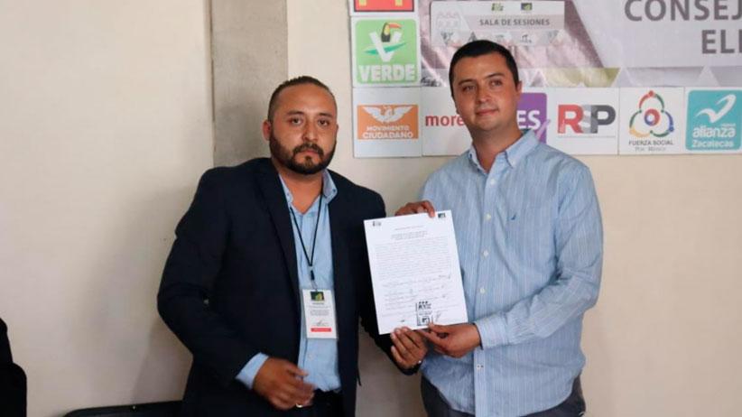 Recibe Rogelio Campa constancia de mayoría para la presidencia municipal de Gral. Enrique Estrada
