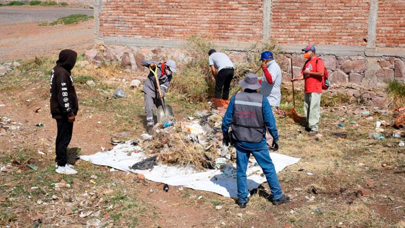 Personal de servicios públicos realizan jornada de limpieza en calzada Las Águilas