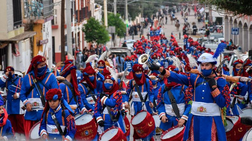 Con tradicional desfile Celebran Morismas de Guadalupe