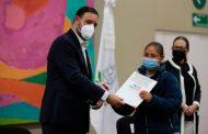 Entrega Gobernador Alejandro Tello apoyos a 70 Migrantes de Zacatecas deportados y repatriados