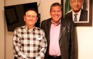 Gestiona David Monreal la entrega de semilla a agricultores zacatecanos